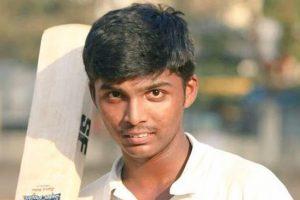 भारतमा १५ वर्षे प्रणवले बनाए १००९ रन