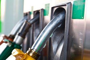 कर र कमिसनले पेट्रोलियम पदार्थको मूल्य दोब्बर